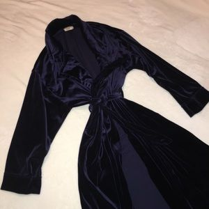 Vintage velvet tie long navy robe